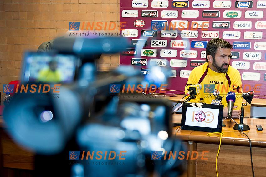 Presentazione ufficiale di Christian Panucci, nuovo allenatore del Livorno Calcio.<br /> New Livorno coach , Italy Serie B <br /> Livorno, Centro Coni di Tirrenia 18/03/2015<br /> Photo Andrea Masini/Insidefoto