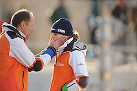 SCHAATSEN: BOEDAPEST: Essent ISU European Championships, 07-01-2012, coach Gerard Kemkers, Ireen Wüst NED na afloop van de 1500m, ©foto Martin de Jong