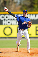 Andrew Beckwith (22) of Blythewood High School makes a throw to first base during fielding practice at the 2012 South Atlantic Border Battle on November 3, 2012 in Burlington, North Carolina.  The Mets (SC13) defeated the Red Sox (NC 13) 3-2.  (Brian Westerholt/Four Seam Images)