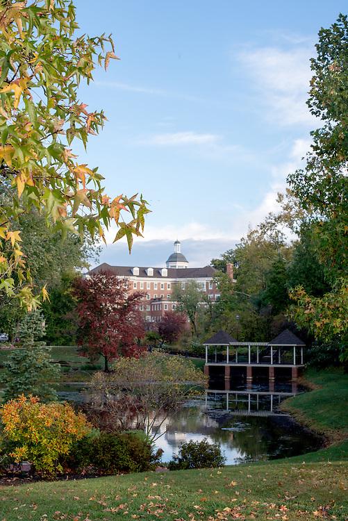 Emeriti Park, Baker Center Fall, Campus Beauty