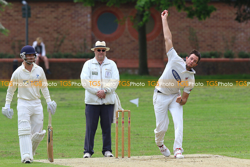 Tom Moore in bowling action for Hornchurch during Hornchurch CC vs Shenfield CC, Shepherd Neame Essex League Cricket at Harrow Lodge Park on 21st May 2016