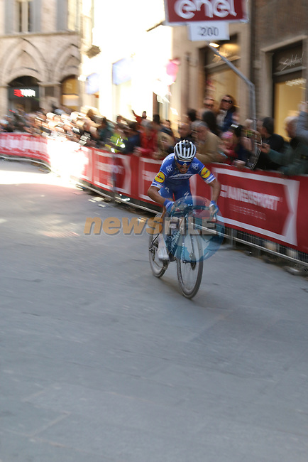 Julian Alaphilippe (FRA) Deceuninck-Quick Step rounds the final corner on his way to win in Siena Strade Bianche 2019 running 184km from Siena to Siena, held over the white gravel roads of Tuscany, Italy. 9th March 2019.<br /> Picture: Seamus Yore | Cyclefile<br /> <br /> <br /> All photos usage must carry mandatory copyright credit (© Cyclefile | Seamus Yore)