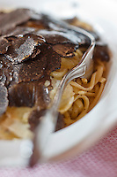 Europe/France/Rhone-Alpes/73/Savoie/Courchevel: Linguine aux truffes ; restaurant: Le Chalet de Pierres,
