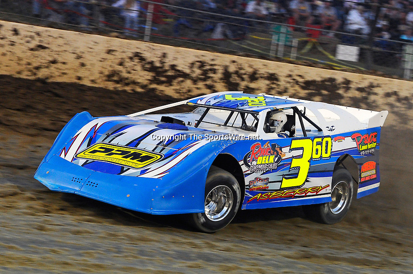 Sep 10, 2010; 8:01:25 PM; Rossburg, OH., USA; The 40th annual running of the World 100 Dirt Late Models racing for the Globe trophy at the Eldora Speedway.  Mandatory Credit: (thesportswire.net)