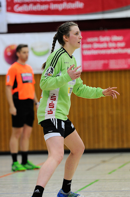 BENSHEIM, DEUTSCHLAND - MAERZ 15: 2. Spieltag in der Abstiegsrunde der Handball Bundesliga Frauen (HBF) in der Saison 2013/2014 zwischen dem Tabellenletzten HSG Bensheim/Auerbach (rot) und dem Tabellenersten der Abstiegsrunde, der HSG Blomberg-Lippe (blau) am 15. Maerz 2014 in der Weststadthalle Bensheim, Deutschland. Endstand 29:32. (16:15)<br /> (Photo by Dirk Markgraf/www.265-images.com) *** Local caption *** #27 Pauline Radke von der HSG Bensheim/Auerbach