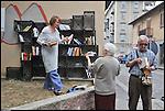 Bookcrossing di Barriera, luogo di scambio di libri trovati e lasciati in città.