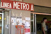 Roma, 4 Agosto 2008.Stazione Metro Anagnina.Presidio di  militari  in funzione di ordine pubblico.Rome, August 4, 2008.Station Anagnina.Presidio military in terms of public policy