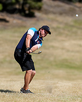 Guy Perry of Manawatu Wanganui. Day One of the Toro Interprovincial Men's Championship, Mangawhai Golf Club, Mangawhai,  New Zealand. Tuesday 5 December 2017. Photo: Simon Watts/www.bwmedia.co.nz
