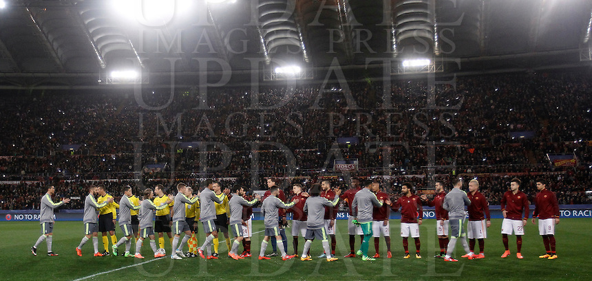 Calcio, andata degli ottavi di finale di Champions League: Roma vs Real Madrid. Roma, stadio Olimpico, 17 febbraio 2016.<br /> Real Madrid and Roma players arrive for the first leg round of 16 Champions League football match between Roma and Real Madrid, at Rome's Olympic stadium, 17 February 2016.<br /> UPDATE IMAGES PRESS/Isabella Bonotto