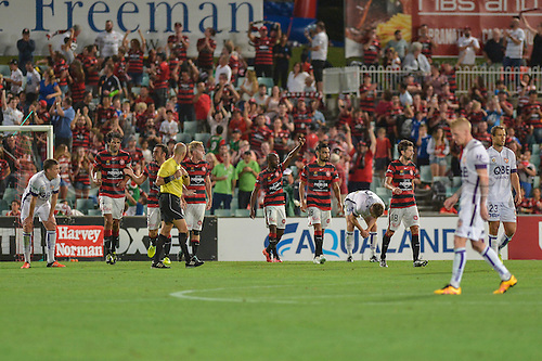 26.02.2016. Pirtek Stadium, Parramatta, Australia. Hyundai A-League. Western Sydney Wanderers versus Perth Glory. Wanderers forward Romeo Castelen scores to make it 1-0. The Wanderers won 2-1.