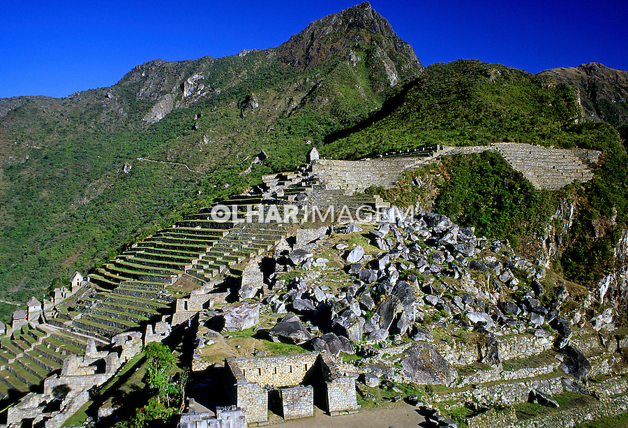 Vista da cidade Inca de Machu-Pichu. Perú. Foto de Stefan Kolumban. Data:1998