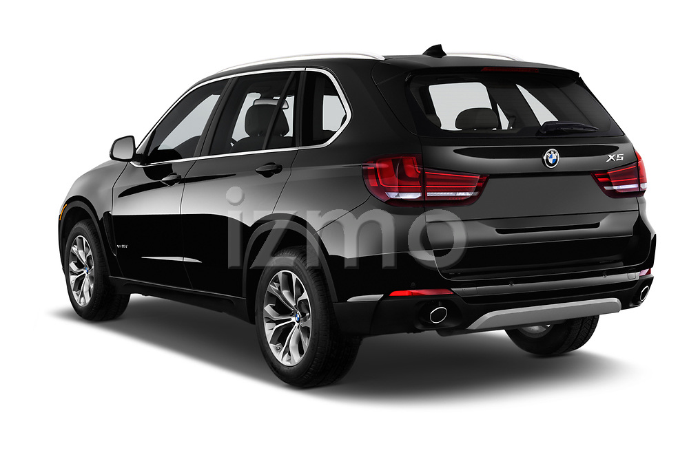 Car pictures of rear three quarter view of a 2017 BMW X5 xDrive35d 5 Door SUV angular rear