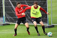 David Abraham (Eintracht Frankfurt) gegen Branimir Hrgota (Eintracht Frankfurt) - 10.10.2017: Eintracht Frankfurt Training, Commerzbank Arena