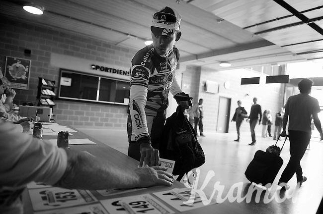Heistse Pijl 2013<br /> <br /> Björn Leukemans (BEL) picking up his race number