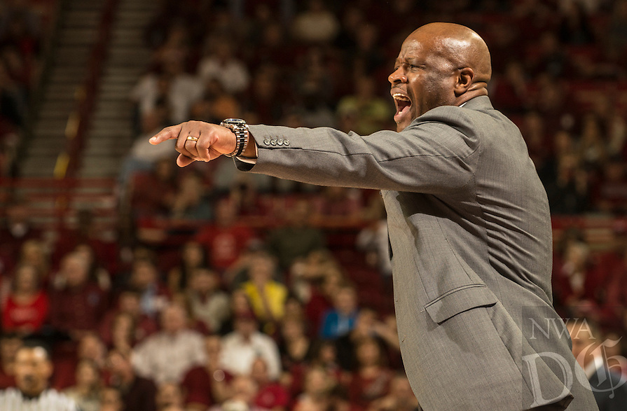 NWA Democrat-Gazette/ANTHONY REYES &bull; @NWATONYR<br /> Mike Anderson, Arkansas head coach, reacts to a foul against Tennessee Tuesday, Jan. 27, 2015 in Bud Walton Arena in Fayetteville. The Razorbacks won 69-64.