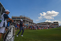Brooks Koepka (USA) chips on to 18 during round 4 of the Fort Worth Invitational, The Colonial, at Fort Worth, Texas, USA. 5/27/2018.<br /> Picture: Golffile | Ken Murray<br /> <br /> All photo usage must carry mandatory copyright credit (© Golffile | Ken Murray)