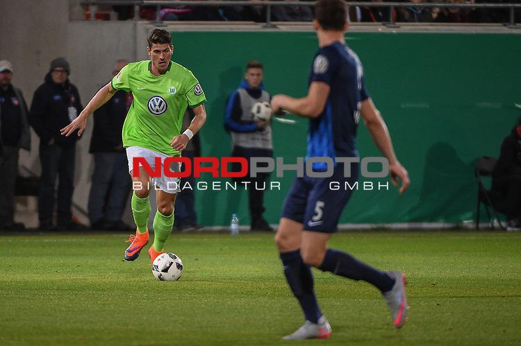 26.10.2016, Voith-Arena, Heidenheim, GER, DFB-Pokal, 1 FC Heidenheim  vs VFL Wolfsburg, im Bild<br /> <br /> Mario Gomez (VFL Wolfsburg #33) <br /> <br /> Foto &copy; nordphoto / Schreyer