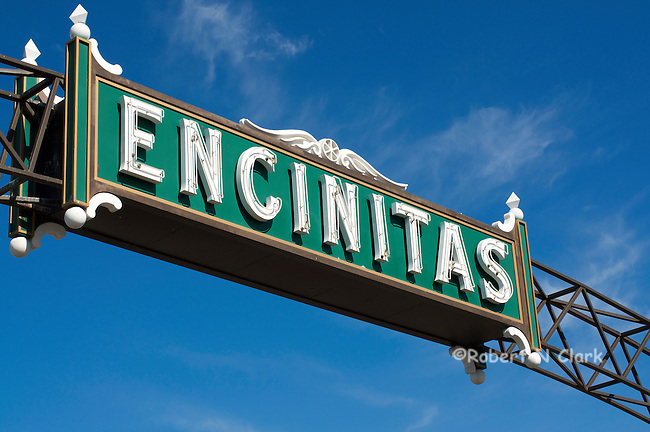 Encinitas sign over Highway 101