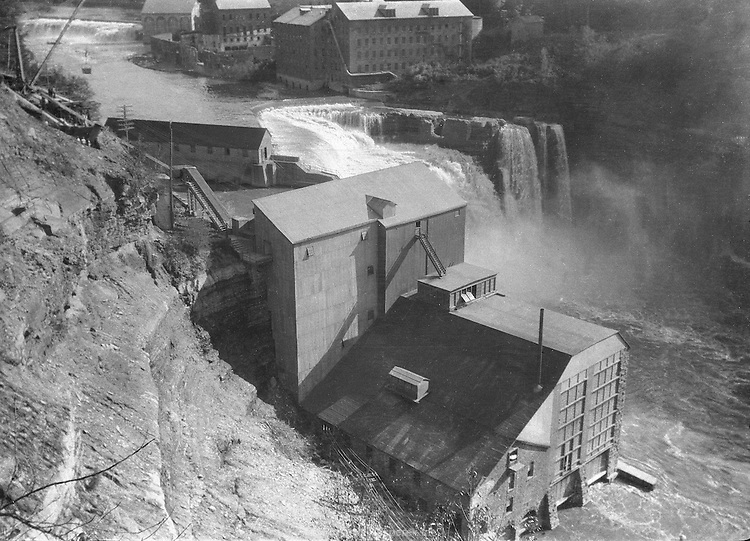 A power plant located at at the Lower Falls of the Genesee River in Rochester, New York. Circa 1924.
