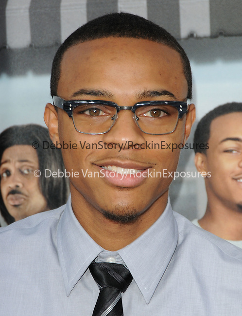 Bow Wow at the Warner Bros' Pictures World Premiere of Lottery Ticket held at The Grauman's Chinese Theatre in Hollywood, California on August 12,2010                                                                               © 2010 Debbie VanStory / Hollywood Press Agency