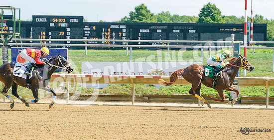 Jazzysdudeaintrude winning at Delaware Park on 9/9/15