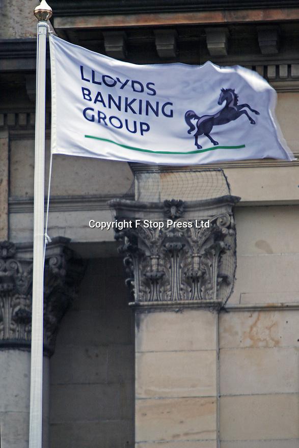 28/4/16   FILE PHOTO<br /> <br /> Lloyds Bank first quarter profits plummet by a massive 46%