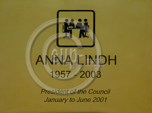 BRUSSELS - BELGIUM - 07 APRIL 2004--The plaque to commemorate Anna LINDH, Swedens former Minister of Foreign Affairs, in the Council meeting room. -- PHOTO: ERIK LUNTANG / EUP-IMAGES