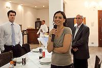 SAO PAULO, SP, 31 AGOSTO 2012 - ELEICOES SP - SONINHA FRANCINE - SP - A Candidata a prefeitura de Sao Paulo, Soninha Francine (PPS) participa de um almoço na Associação dos Procuradores do Município de São Paulo nesta tarde de sexta-feira (31) na regiao central da capital paulista. FOTO Ricardo Lou - BRAZIL PHOTO PRESS