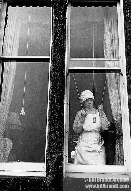 Parlourmaid at window [alt]