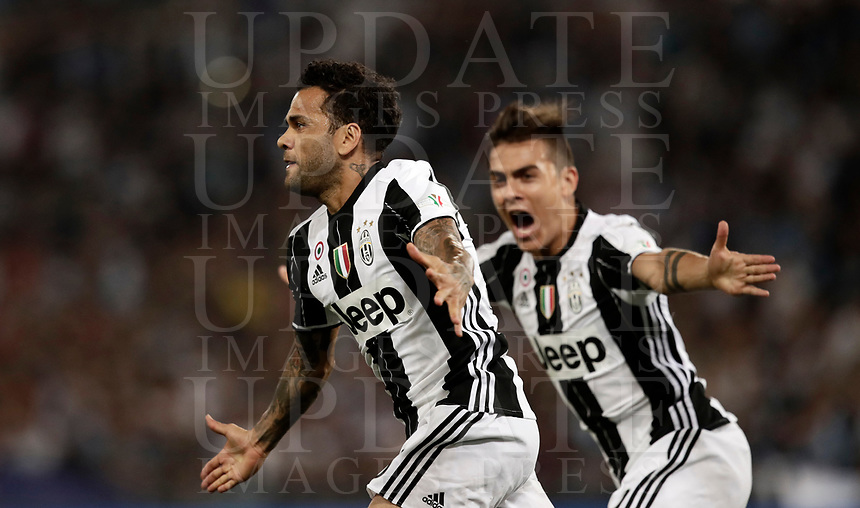 Calcio, Tim Cup: finale Juventus vs Lazio. Roma, stadio Olimpico, 17 maggio 2017.<br /> Juventus' Dani Alves, left, celebrates after scoring during the Italian Cup football final match between Juventus and Lazio at Rome's Olympic stadium, 17 May 2017.<br /> UPDATE IMAGES PRESS/Isabella Bonotto
