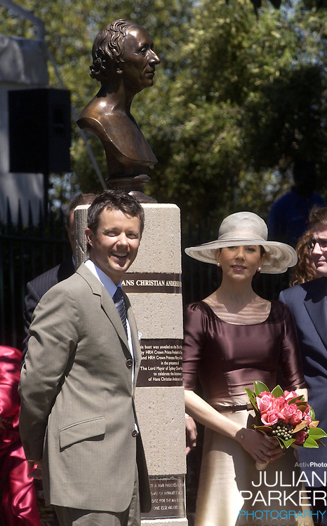 Crown Prince Frederik & Crown Princess Mary of Denmark unveil a bust of Hans Christian Andersen on Observatory Hill, Sydney, during their 2-week visit to Australia..