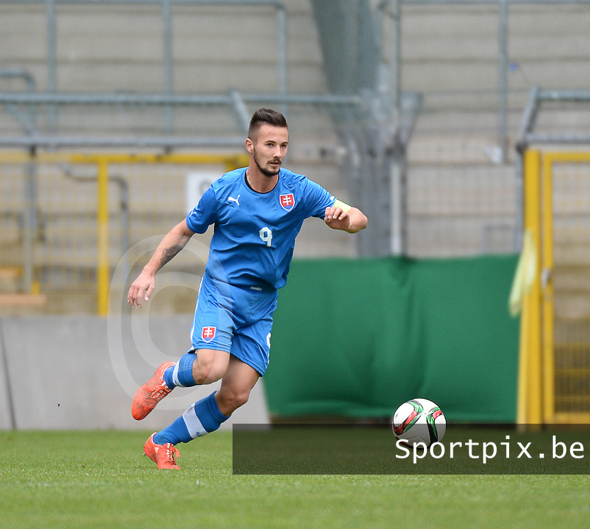 20150331 - MANNHEIM, Germany :<br /> <br /> Slovakian Tomas Vestenicky<br /> ,  pictured during the soccer match between Under 19 teams of Republic of Ireland and Slovakia , on the third and last matchday  in Group 2 of the UEFA Elite Round Under 19 at the Carl-Benz Stadium, Mannheim, Germany<br /> <br /> Thursday 31 march 2015<br /> foto Dirk Vuylsteke / David CATRY