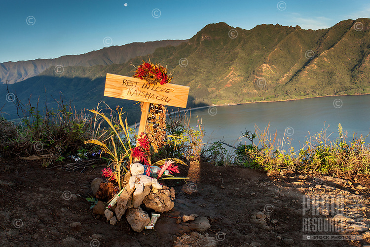 """Rest In Love Kaisha Chu"" memorial for fallen hiker overlooking Kahana Bay as seen from the Crouching Lion hiking trail in Ka'a'awa, O'ahu."