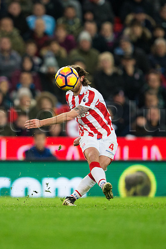 19.11.2016. Bet365 Stadium, Stoke, England. Premier League Football. Stoke City versus AFC Bournemouth. Stoke City midfielder Joe Allen hidden by the ball.