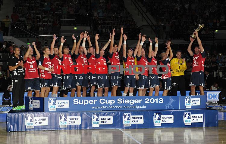 20.08.2013, &Ouml;VB Arena, Bremen, GER, HBL, Supercup, THW Kiel vs SG Flensburg-Handewitt, im Bild SG Flensburg-Handewitt ist Super Cup Sieger 2013<br /> <br /> Foto &copy; nph / Frisch