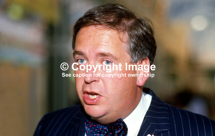 Lord Hesketh, 3rd Baron, Conservative Party, government whip, UK, 19871020LH1..Copyright Image from Victor Patterson, 54 Dorchester Park, Belfast, UK, BT9 6RJ..Tel: +44 28 9066 1296.Mob: +44 7802 353836.Voicemail +44 20 8816 7153.Skype: victorpattersonbelfast.Email: victorpatterson@me.com.Email: victorpatterson@ireland.com (back-up)..IMPORTANT: If you wish to use this image or any other of my images please go to www.victorpatterson.com and click on the Terms & Conditions. Then contact me by email or phone with the reference number(s) of the image(s) concerned.