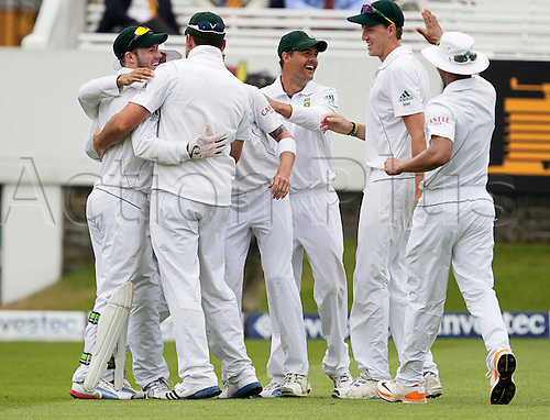 20.08.2012 London, England. A B de Villiers & Hashim Amla get the accolades for combining to have James Taylor run out during the morning session on day five of the third test between England and South Africa from Lords.