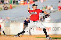 Fernando Hernandez delivers a pitch at Smokies Park May 21, 2009  in Sevierville, TN (Photo by Tony Farlow/ Four Seam Images)