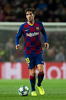 5th November 2019; Camp Nou, Barcelona, Catalonia, Spain; UEFA Champions League Football, Barcelona versus Slavia Prague; Roberto of Barca looks for an outlet - Editorial Use