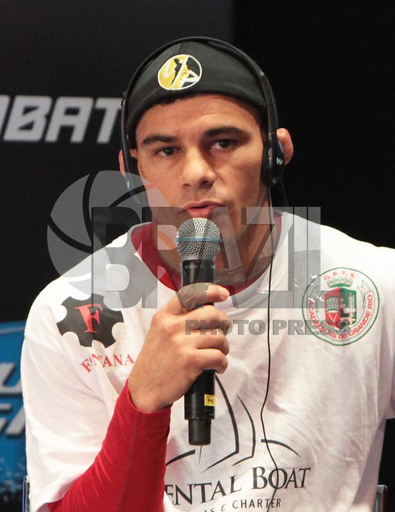 RIO DE JANEIRO, RJ, 01 AGOSTO 2013 - ENTREVISTA JOSE MARIA UFC 163 RIO - O atleta do UFC  Jose Maria participando da entrevista coletiva do UFC 163 que acontece no Rio De Janeiro na Lapa no Rio de Janeiro nessa quinta 01. (FOTO: LEVY RIBEIRO / BRAZIL PHOTO PRESS)
