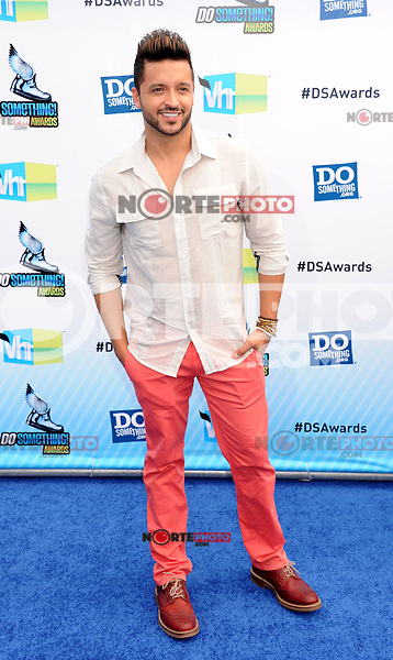SANTA MONICA, CA - AUGUST 19: Jay Rodriguez arrives at the 2012 Do Something Awards at Barker Hangar on August 19, 2012 in Santa Monica, California. /NortePhoto.com<br /> <br /> **CREDITO*OBLIGATORIO** <br /> *No*Venta*A*Terceros*<br /> *No*Sale*So*third*<br /> *** No Se Permite Hacer Archivo**