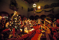 Christmas carolers at Honolulu Hale in Downtown Honolulu