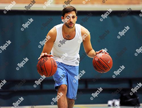2011-09-06 / Basketbal / seizoen 2011-2012 / Domien Loubry op training bij Gembo..Foto: mpics