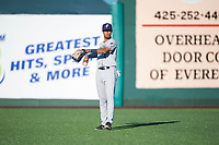 Tri-City Dust Devils right fielder Tre Carter (4) warms up between innings of a Northwest League game against the Everett AquaSox at Everett Memorial Stadium on September 3, 2018 in Everett, Washington. The Everett AquaSox defeated the Tri-City Dust Devils by a score of 8-3. (Zachary Lucy/Four Seam Images)