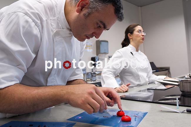 Igor Zalacain durante la Mastterclass que Elena Arzak ofreció en el Basque Culinary Center