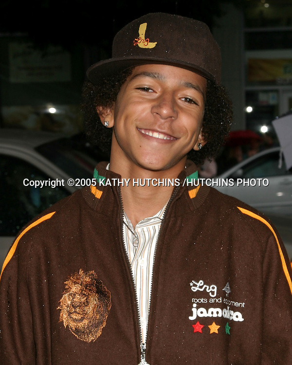 ©2005 KATHY HUTCHINS /HUTCHINS PHOTO.PREMIERE OF RACING STRIPES.GRAUMAN'S CHNESE THEATER.HOLLYWOOD, CA.JANUARY 8, 2005..KHLEO THOMAS.