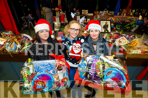 Anne-Marie Rogers, Helen Coffey and Susie Cantwell, pictured at Gaelscoil Mhic Easmainn Christmas Craft Fair on Sunday last.