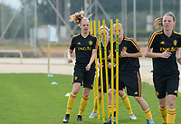 20180304 - LARNACA , CYPRUS :  Belgian Sarah Wijnants (left) pictured during a Matchday -1 training from The Belgian Red Flames prior to their game against Austria , on Sunday 4 March 2018 at the Alpha Sports Grounds in Larnaca , Cyprus . This will be the third game in group B for Belgium during the Cyprus Womens Cup , a prestigious women soccer tournament as a preparation on the World Cup 2019 qualification duels. PHOTO SPORTPIX.BE | DAVID CATRY
