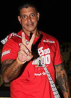 SAO PAULO, SP, 24 DE FEVEREIRO 2012 - CAMAROTE BAR BRAHMA - O ator Alexandre Frota e visto no Camarote Bar Brahma, na noite do Desfile das Campeas do Carnaval de Sao Paulo, na noite desta sexta, 24 no Sambodromo do Anhembi regiao norte da capital paulista. (FOTO: MILENE CARDOSO - BRAZIL PHOTO PRESS).