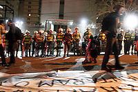 SÃO PAULO,SP,31-10-2013 - ATO AUMENTO IPTU - Manifestantes realizam ato contra o aumento de IPTU aprovado na ultima terça feira en frente a casa do prefeito Fernado Haddad na Rua Afonso de Freitas no paraiso (Foto Ale Vianna/Brazil Photo Press).